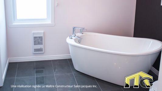Évolutive - Salle de bain à l'étage