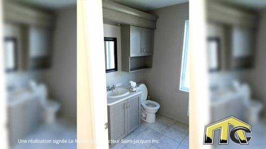Sénior - Salle de bain à l'étage