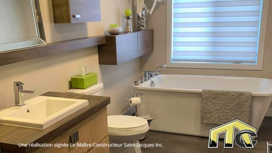 Urbain Garage - Salle de bain