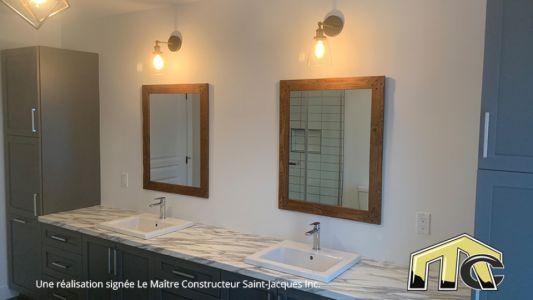 Carolann Garage - Salle de bain